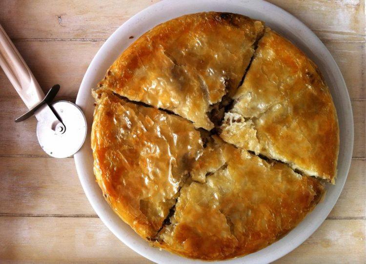 Бурек: Најпопуларнији доручак у Србији